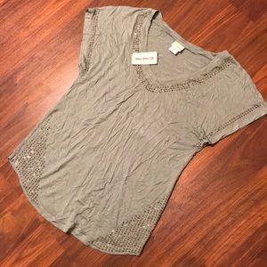 Daytrip 1/2 sleeve top with rhinestones NWT
